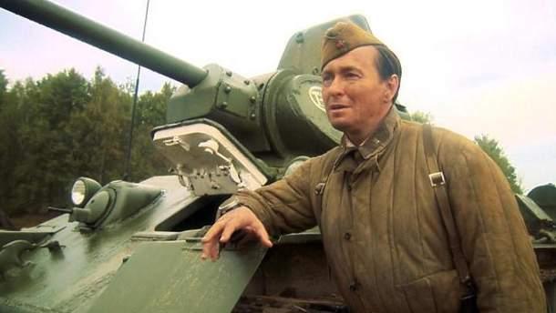 УРосії назйомках фільму про «міцний російський дух» актора розчавило танком