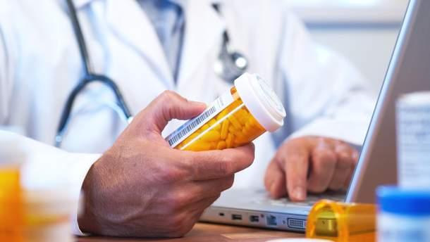 Через що пацієнти відмовляються вживати призначені ліки