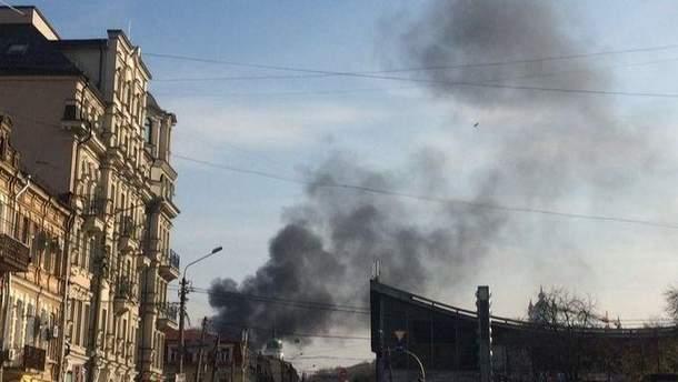 Крупный пожар вспыхнул в Киеве