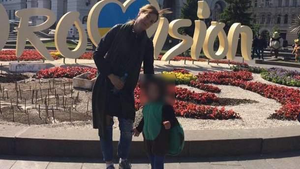 Мать, которая подозревается в том, что утопила своих детей в Киеве, суд взял под стражу сроком на 60 суток без права внесения залога