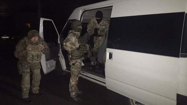 На Львівщині чоловік погрожував підірвати будинок своєї дружини