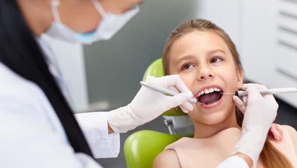Стоматолог рассказала, с какими проблемами к ней приходят дети