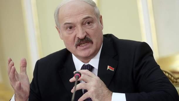 Лукашенко хочет контролировать псевдовыборы на Донбассе