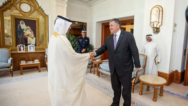 Аваков з робочим візитом в Катарі