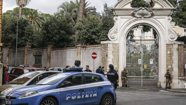 Останки человеческих костей нашли в посольстве Ватикана в Риме