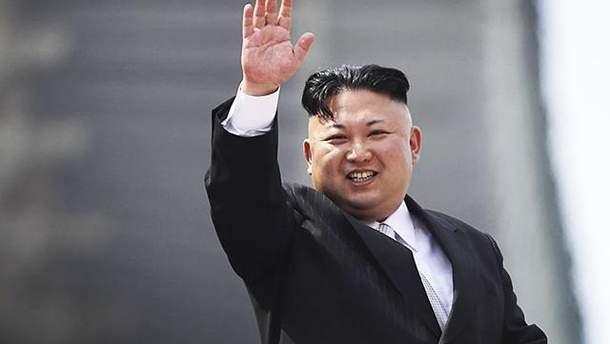 Кім Чен Ин відвідає Південну Корею