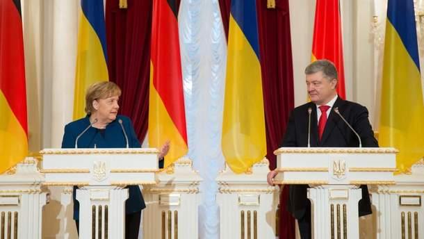 Меркель зустрілася з Порошенком