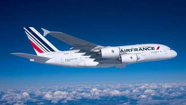 Росія не пустила французький літак у свій повітряний простір