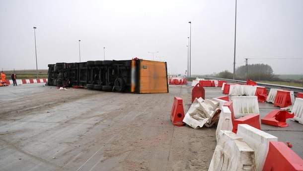 Аварія української вантажівки