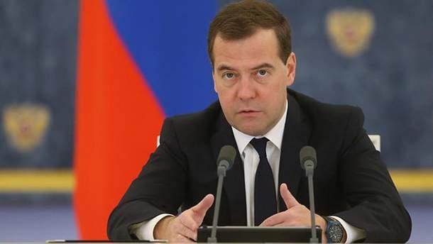 """Медведєв розповів про """"користь"""" санкції Заходу проти РФ"""