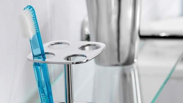 Как правильно хранить зубную щетку
