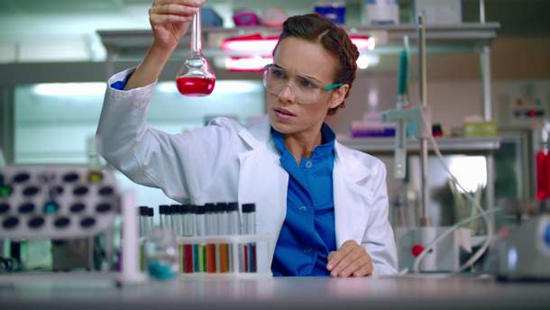 Ученые разработали жидкость, которая  окрашивает раковые клетки
