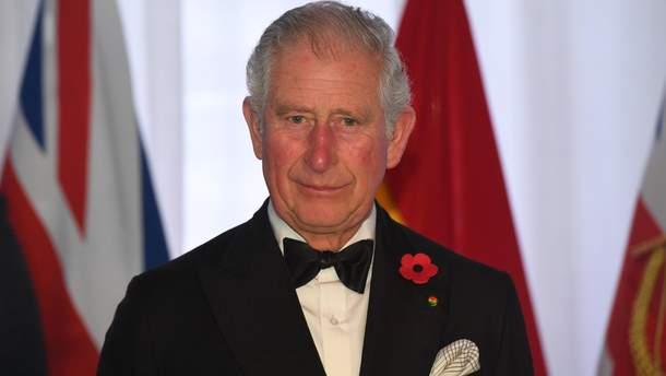 Принц Чарльз є наступником королеви Єлизавети ІІ на престолі
