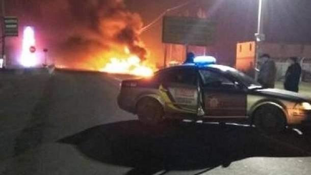На АЗС под Киевом произошел пожар