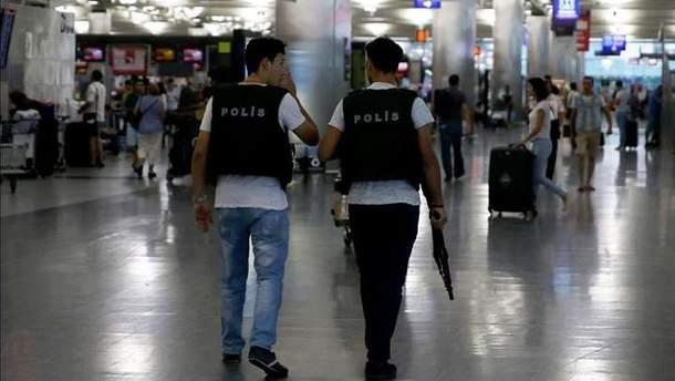 В Стамбуле задержали украинку с кокаином