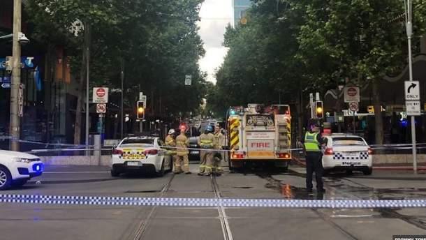 У Мельбурні чоловік протаранив торговий центр