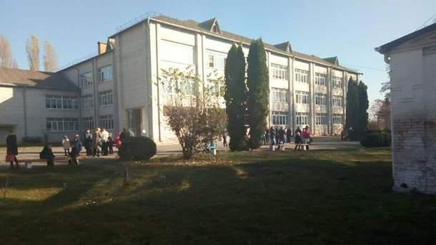 В школе Киевской области подросток распылил перцовый газ