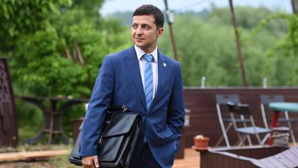 """Зеленський запустив флешмоб із піснею до серіалу """"Слуга народу"""""""