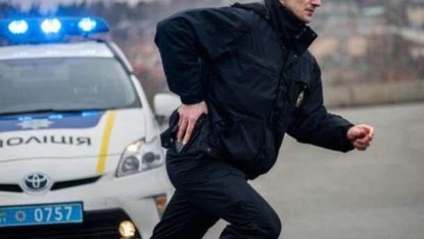 В Днепре полицейские со стрельбой задержали иностранных грабителей