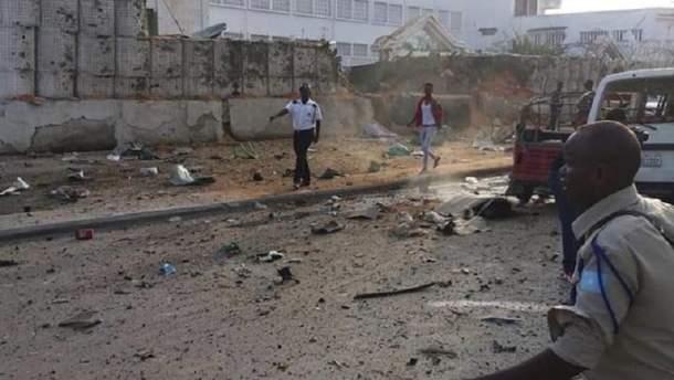 В результате теракта в Сомали уже погибли более 50 человек