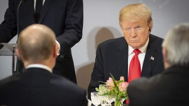 Зустріч Путіна та Трампа у Парижі вийшла короткою: деталі