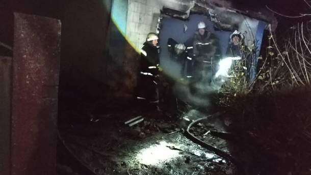 В масштабном пожаре на Запорожье погибли трое маленьких детей