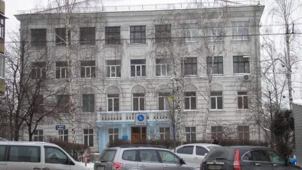 Чому київська школа продала стадіон приватній фірмі