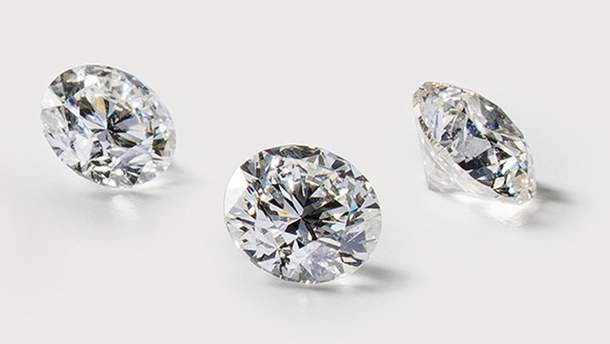Каблучка повністю з діаманту