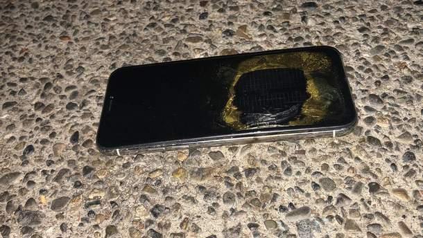iPhone X загорелся во время обновления прошивки