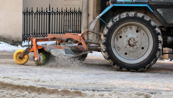 Первый снег в Украине: что происходит в областях