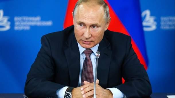 Путін попався на брехні щодо закону про статус Донбасу