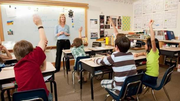 На які інтимні теми варто говорити з хлопцями у період пубертату: рекомендації секс-педагога