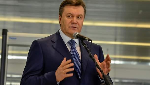 Віктор Янукович не можу рухатися і перебуває в лікарні
