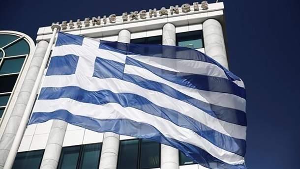 В Греции женщину приговорили к 10 годам лишения свободы за преувеличение информации о ее обучении в школе