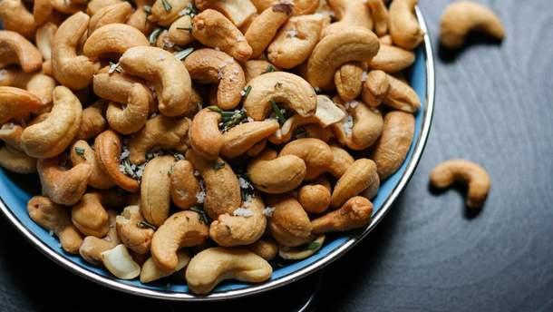Як їсти горіхи, щоб отримати найбільшу користь