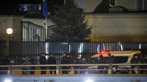 Стрельба возле посольства Австрии в Анкаре