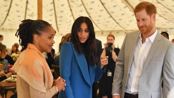 Принц Гаррі та Меган Маркл житимуть з мамою екс-акторки