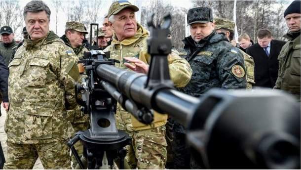 Военное положение в Украине: кому это выгодно