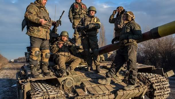 Воєнний стан направить гроші на оборону
