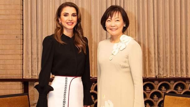 Королева Рания и жена премьер-министра Японии