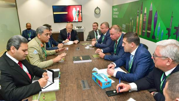 Зустріч з командуванням Збройних сил Пакистану