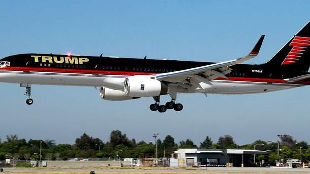 Самолет Трампа столкнулся с другим авиалайнером