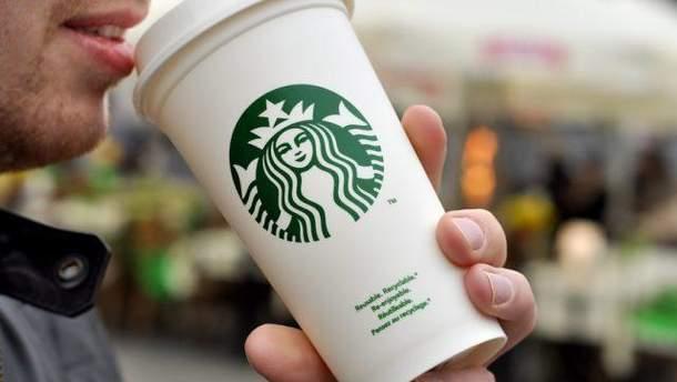 У Starbucks заборонять порно