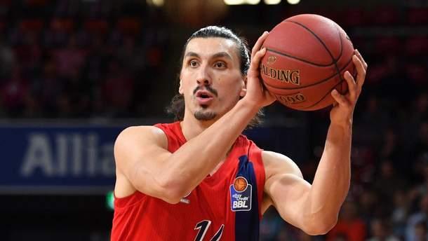 """Баскетболист """"Баварии"""" жалуется, что его путают с Ибрагимовичем"""