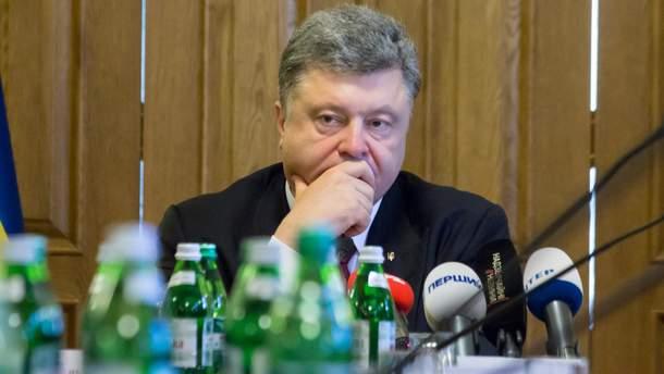 Президент Порошенко считает, что Россия хочет задушить Украину экономически