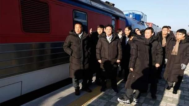 Поезд из Южной Кореи пересек границу с КНДР