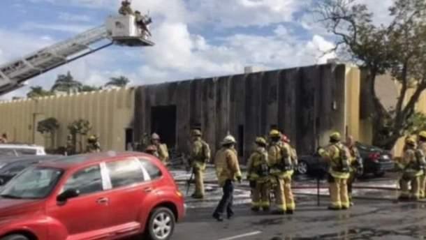 В результате падения самолета погибли два человека