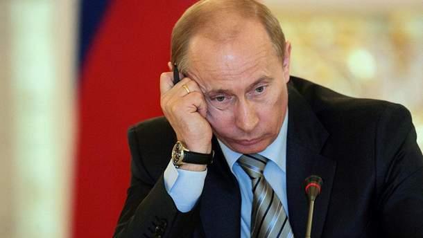 У Росії місто витратило 5 мільйонів на портрети Путіна і підручники з патріотизму