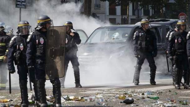 Жовті жилети у Франції: хто це та що їм потрібно - протести  2018