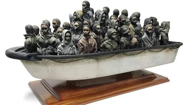 Бенксі розіграє в онлайн-лотереї нову скульптуру, гроші з якою підуть на допомогу біженцям